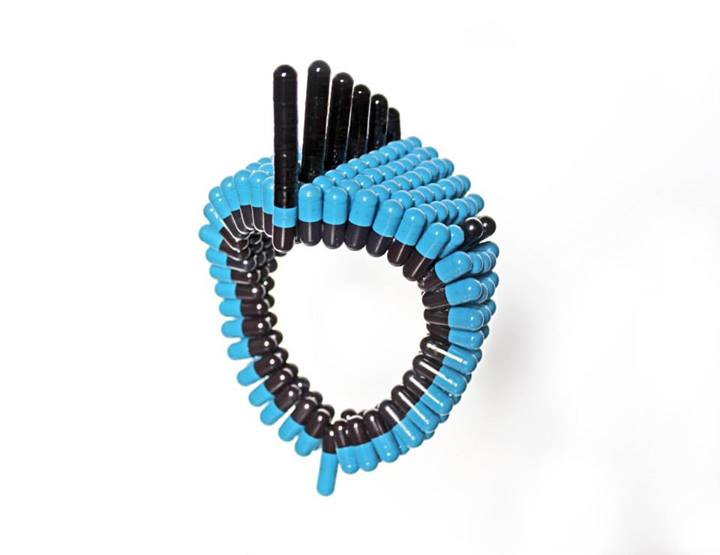 #Wearable #art pills Contemporary #Jewellery - by #Noumeda Carbone